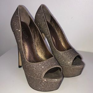 Aldo Gold Glitter Peep Toe Pumps